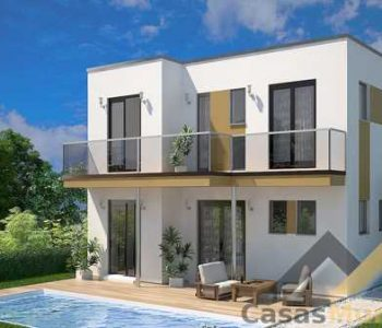 prefab-homes-spain-cordoba-view-from-pool-featured